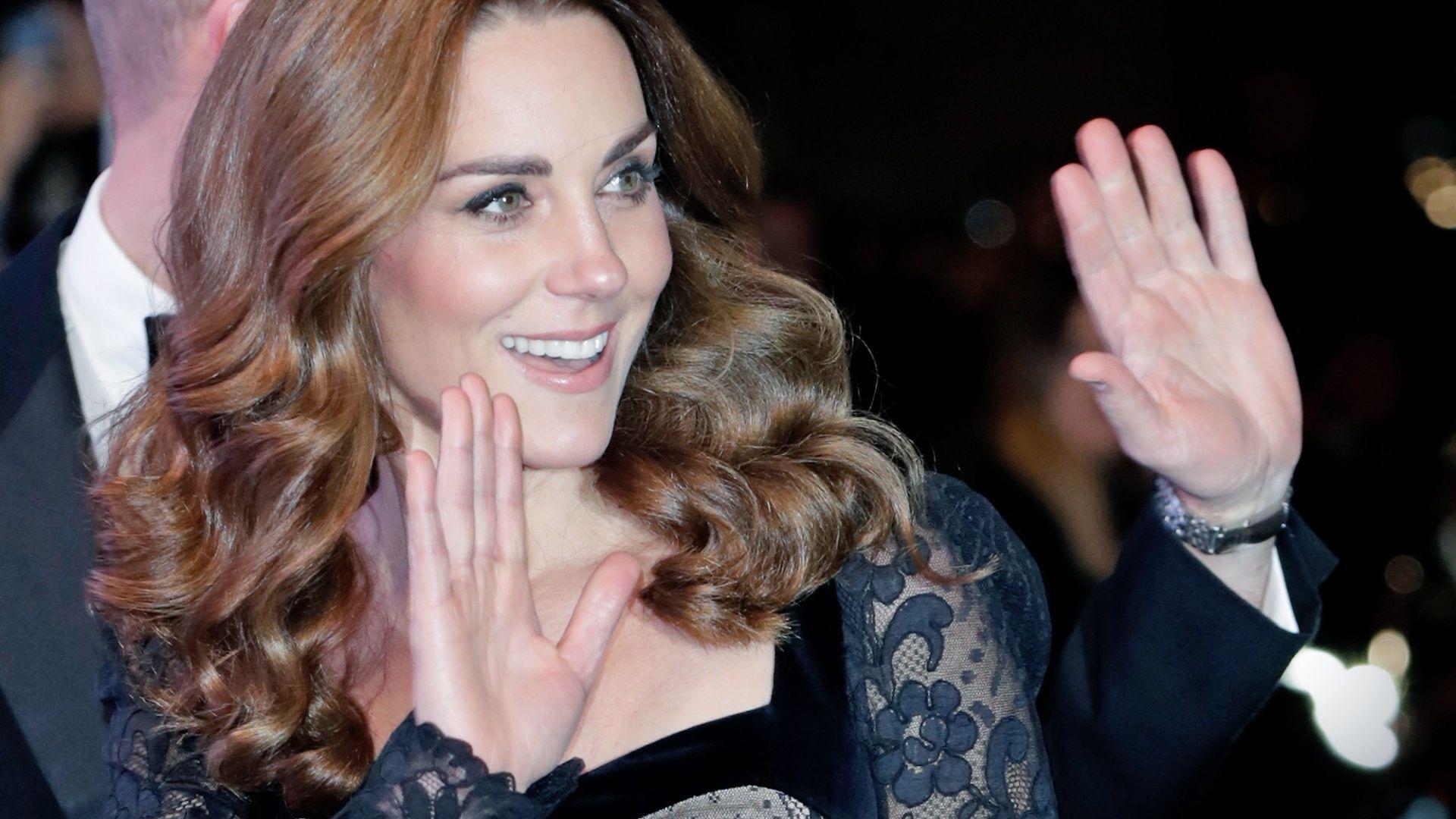 Herzogin Kate - Überwältigend schön in einem Meer aus schwarzer Spitze