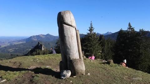 Polizei ermittelt nach Verschwinden von Holzpenis im Allgäu