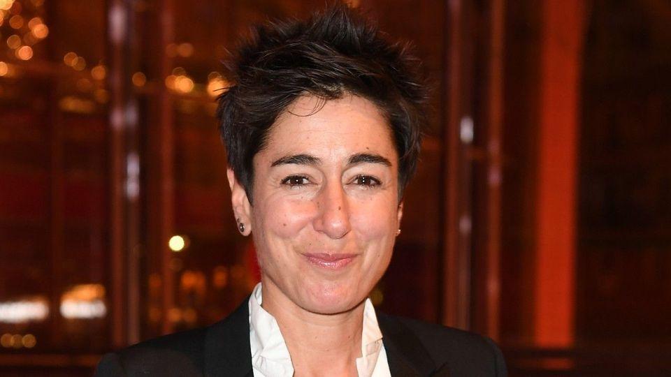 Für Geld: ZDF-Moderatorin Dunja Hayali will sich eine Glatze rasieren